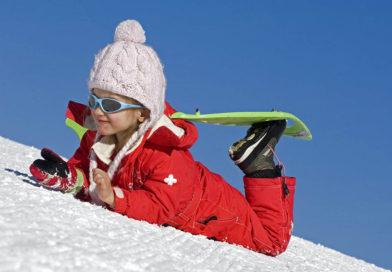 À partir de quel âge pratiquer la raquette à neige?